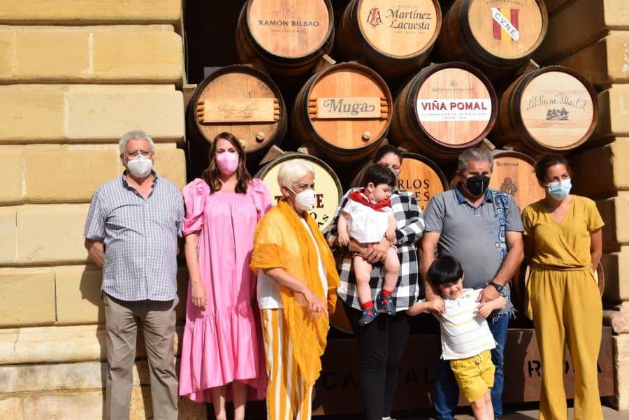 64 niños y niñas de Haro reciben su primer pañuelo de fiestas 31