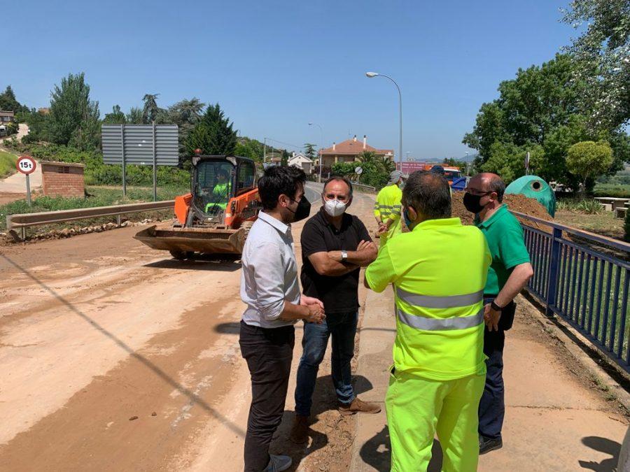Andreu conoce de primera mano los daños ocasionados por el temporal en Fuenmayor 5