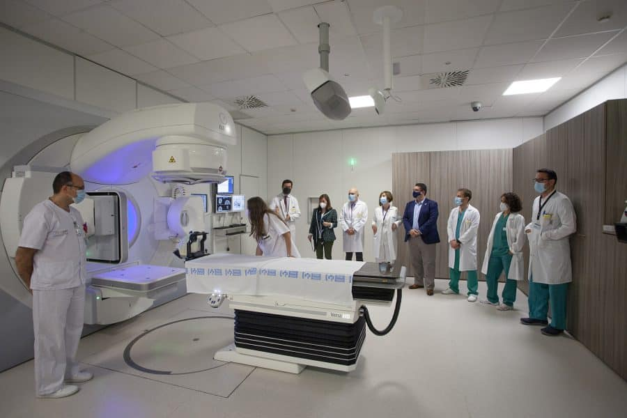 El CIBIR incorpora la radiocirugía para pequeños tumores cerebrales 4