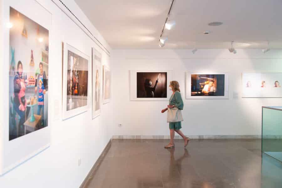 El Museo de La Rioja acoge una exposición con las mejores fotografías del año de la pandemia 13