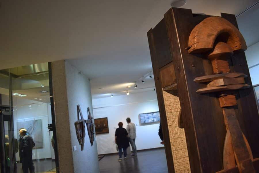 FOTOS: El Torreón de Haro inaugura 'De grana y roble', del artista riojano Óscar Cenzano 12