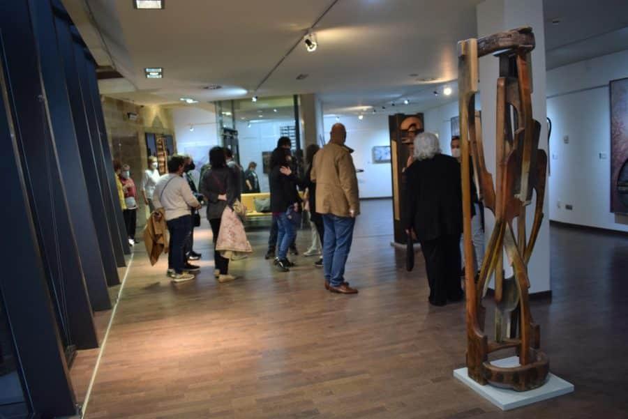 FOTOS: El Torreón de Haro inaugura 'De grana y roble', del artista riojano Óscar Cenzano 13