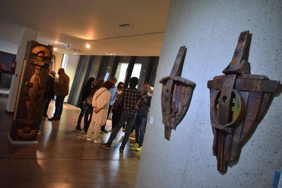 FOTOS: El Torreón de Haro inaugura 'De grana y roble', del artista riojano Óscar Cenzano 14