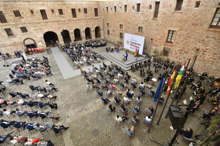 FOTOS: Las imágenes de la celebración del Día de La Rioja en San Millán 9