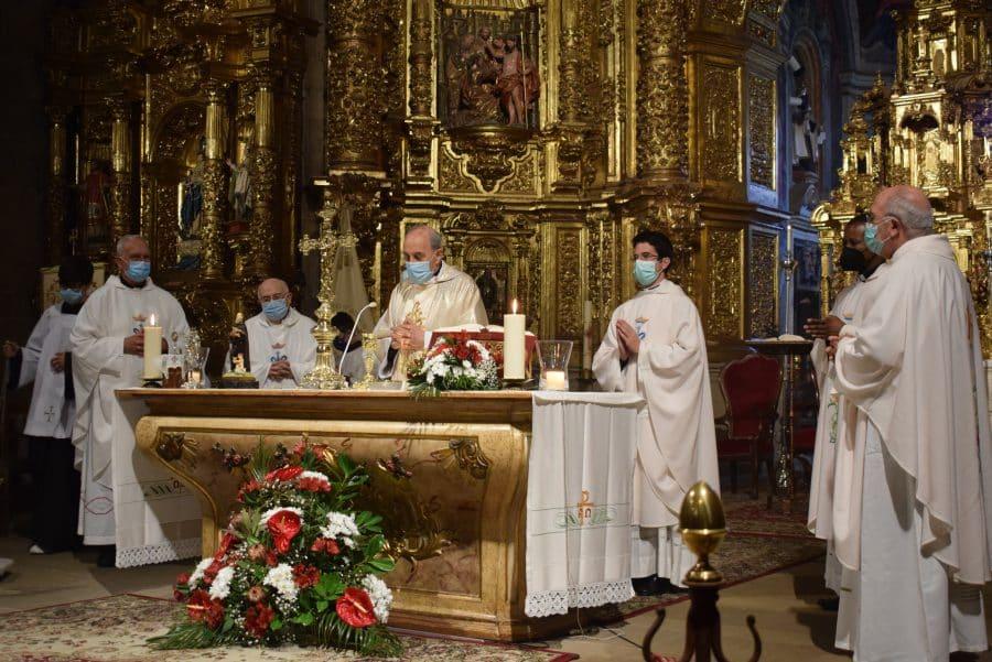 Haro celebra San Felices en la intimidad de la parroquia 16