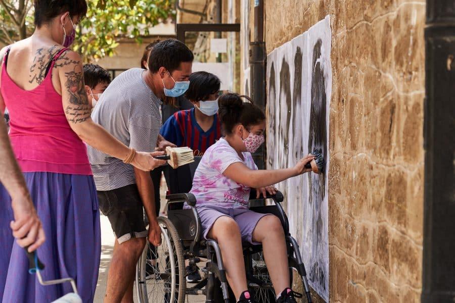 La Escuela Pública de Labastida invade la localidad con una galería de fotografías al aire libre 8