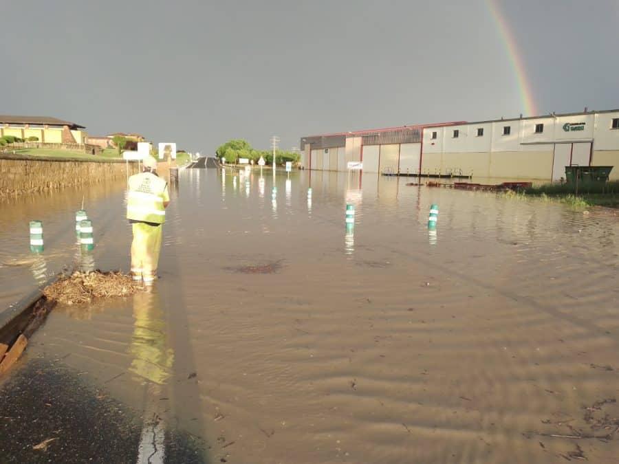 VÍDEO: La N-232 en Briones, otra vez cortada por las lluvias 2