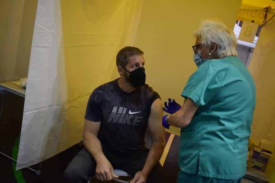 Unos 1.400 riojanos reciben la monodosis de Janssen en Haro 6