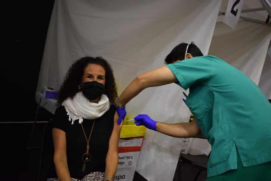 Unos 1.400 riojanos reciben la monodosis de Janssen en Haro 9