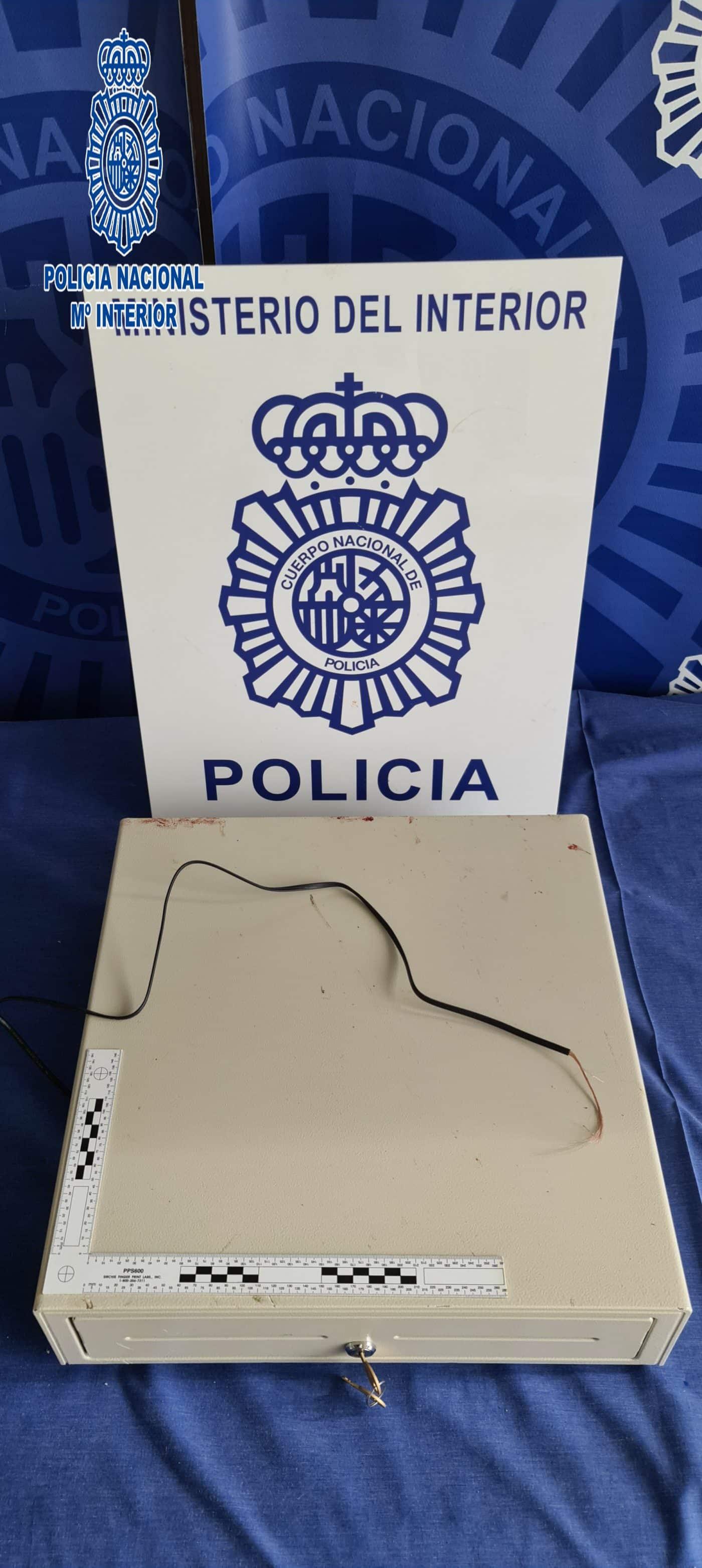 Detenido en Logroño un joven al ser pillado con la caja registradora del comercio donde había robado 1