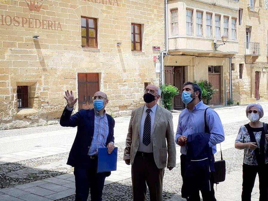 Uruñuela visita el monasterio de La Piedad en Casalarreina tras las últimas acciones de restauración 3