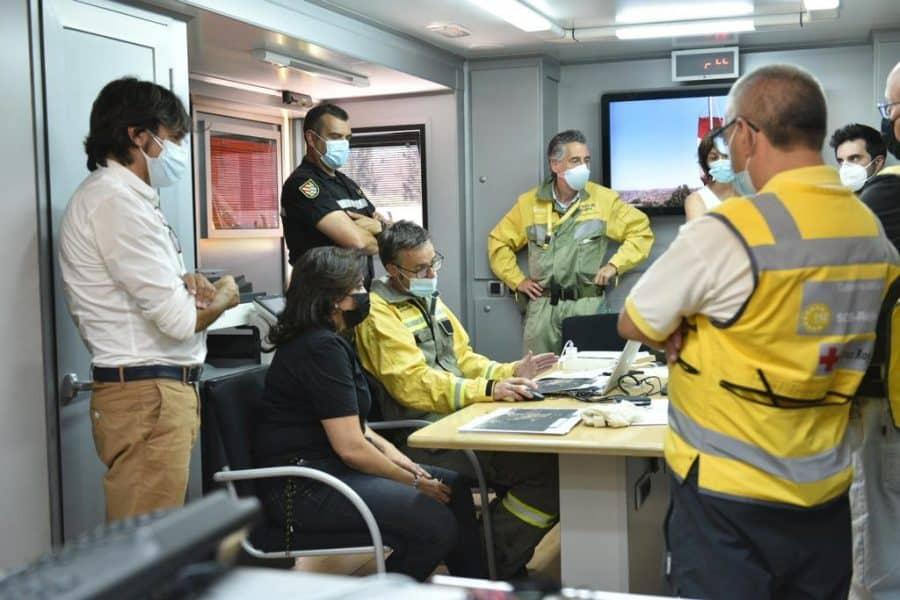 Casi 140 profesionales siguen con las labores de extinción del incendio en el monte de Yerga 8