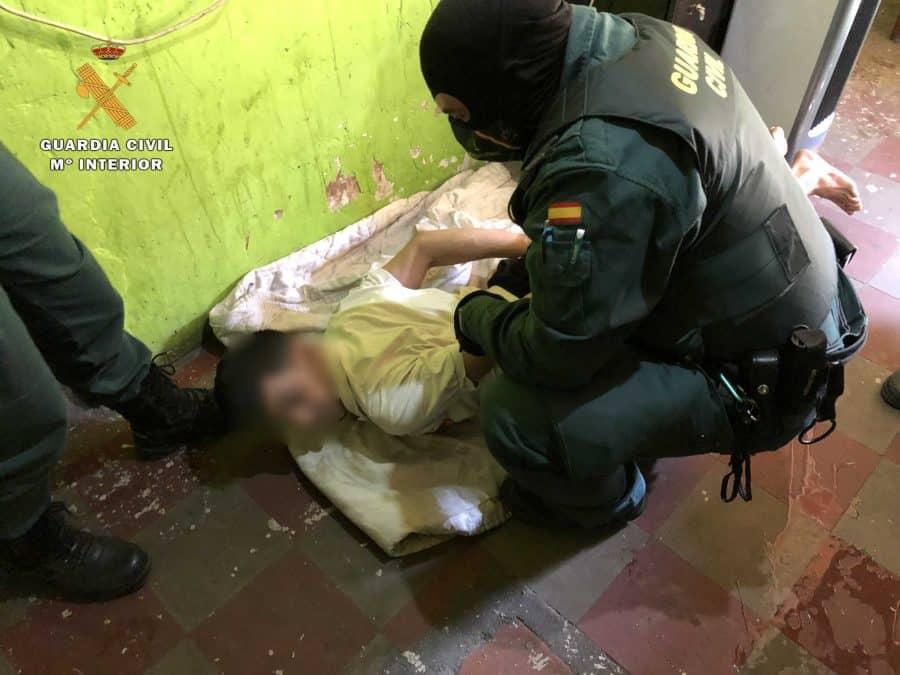 Desmantelado el principal punto de venta de droga a menores en Calahorra 6