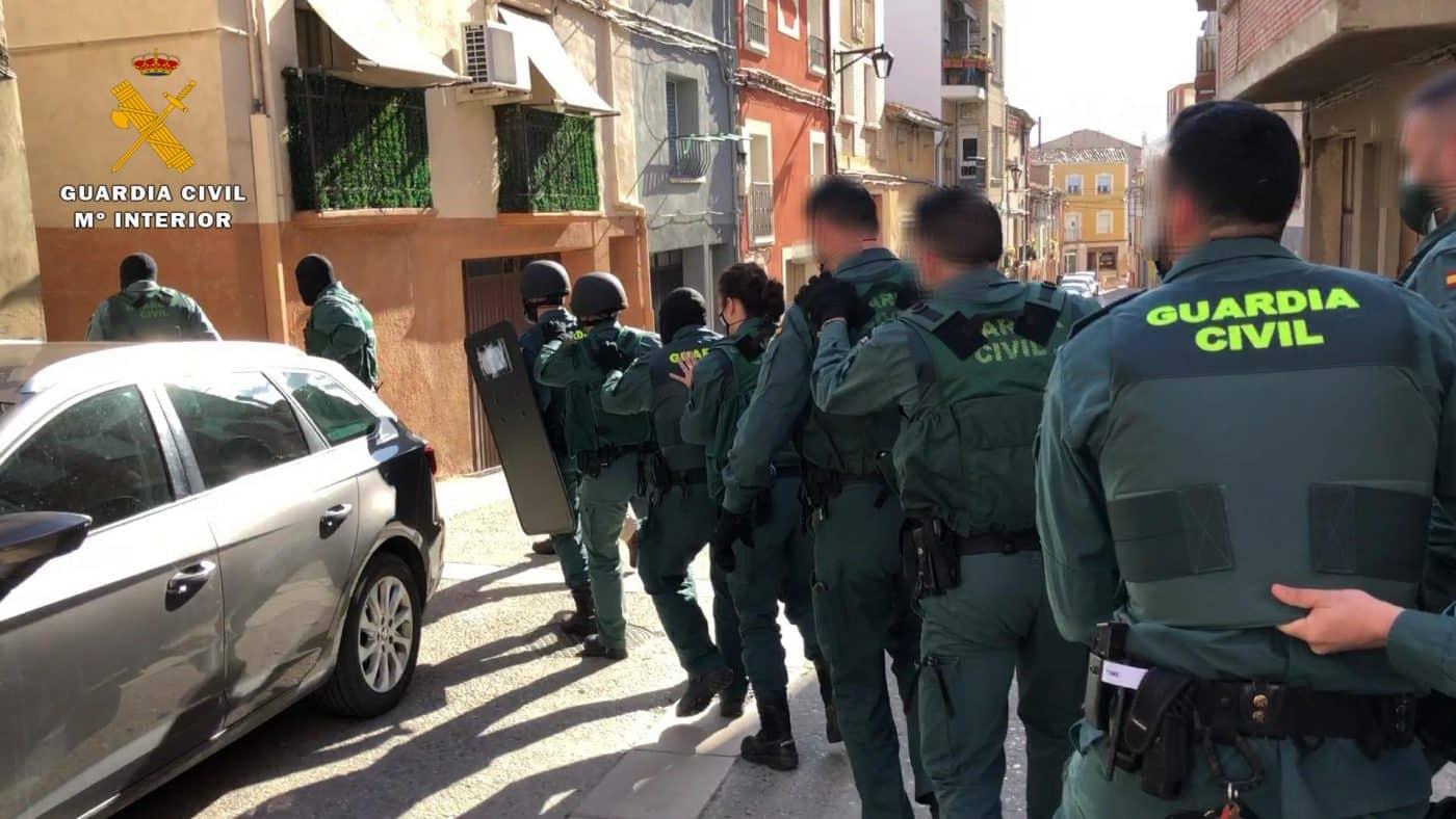 Desmantelado el principal punto de venta de droga a menores en Calahorra 8