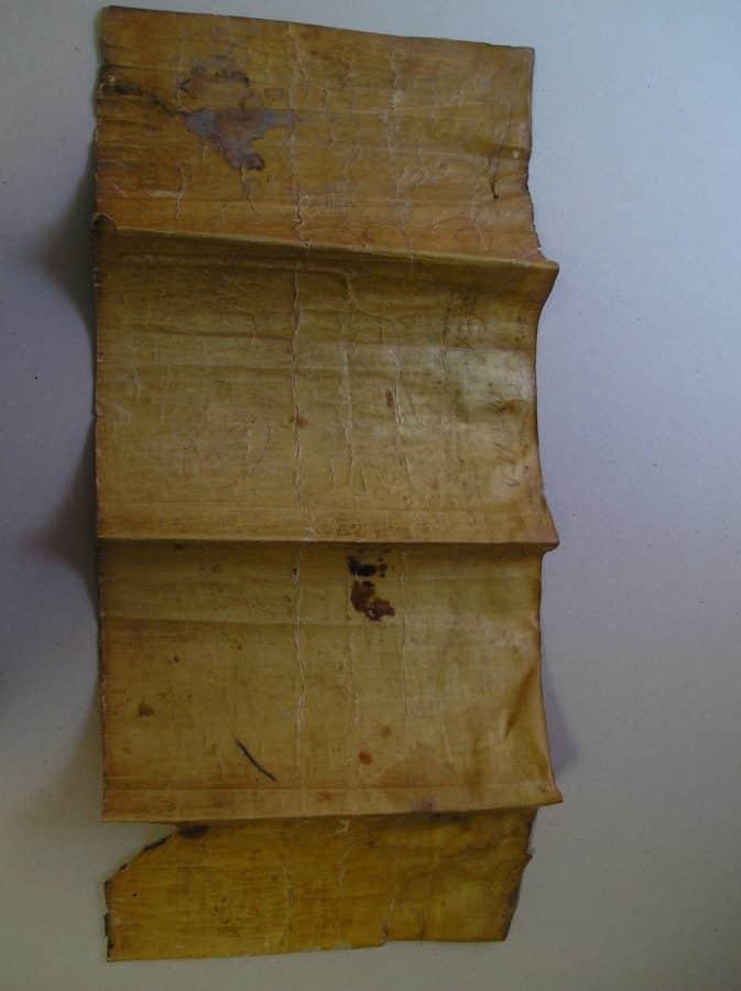 El IER termina la restauración, entre otros, de documentos históricos de Briñas, Briones y Ezcaray 1