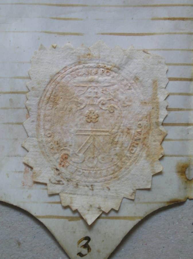 El IER termina la restauración, entre otros, de documentos históricos de Briñas, Briones y Ezcaray 2