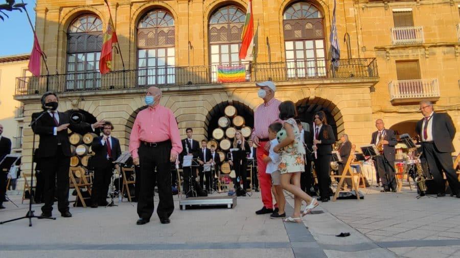 La Banda de Música de Haro homenajea a dos de sus componentes más veteranos: Pedro Rosales y Luis Fernández 2