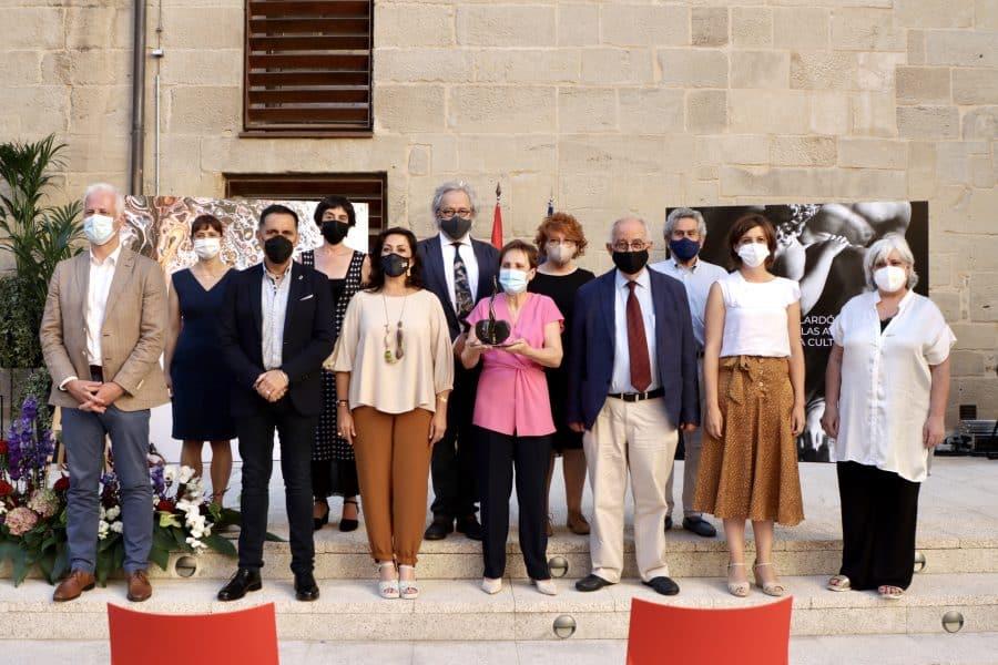 Micaela Pérez Saénz recibe el Galardón de las Artes y la Cultura de La Rioja 4