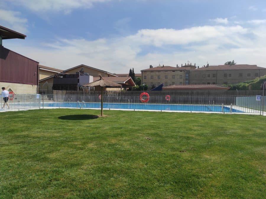 Las piscinas municipales de San Vicente de la Sonsierra estrenan lavado de cara 2