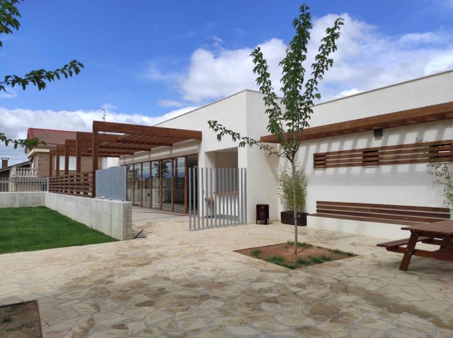 Las piscinas municipales de San Vicente de la Sonsierra estrenan lavado de cara 8