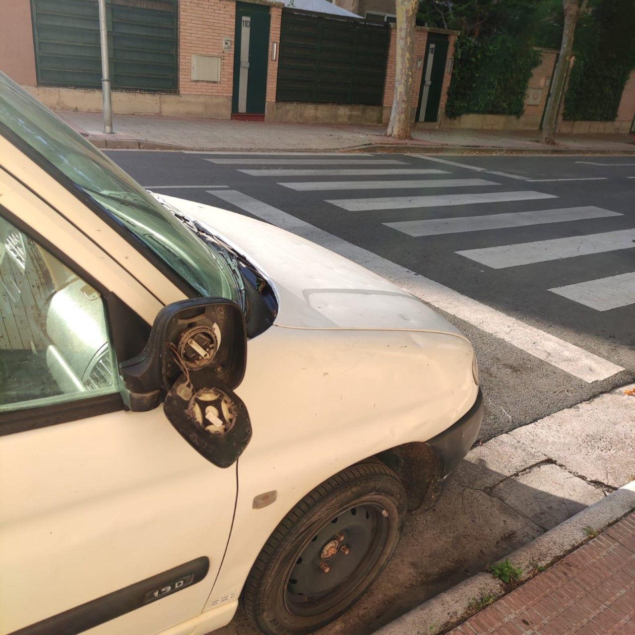La Policía Local de Logroño identifica al autor de la rotura de varios retrovisores de coches 2