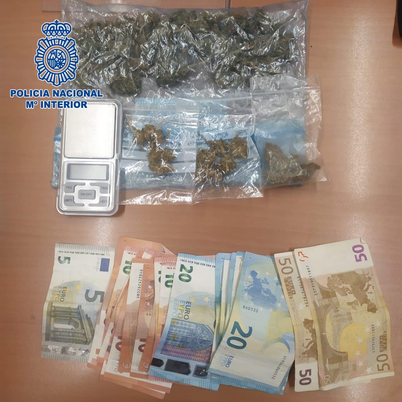 Interceptan en una persecución en Logroño un coche que transportaba droga 1