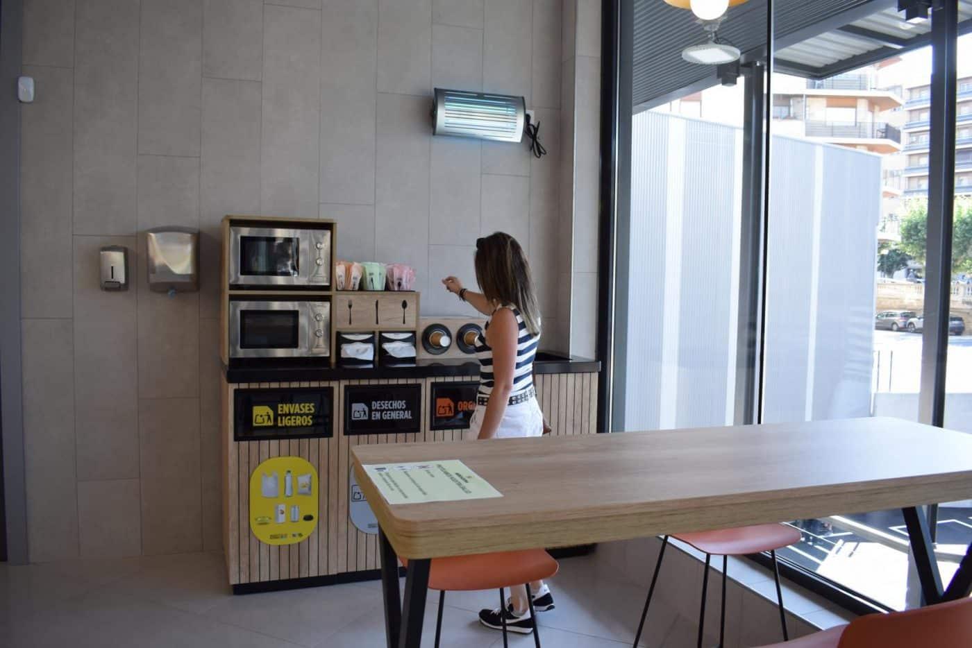 Mercadona inaugura en Haro su nuevo supermercado 'eficiente': 6 millones de euros de inversión 5