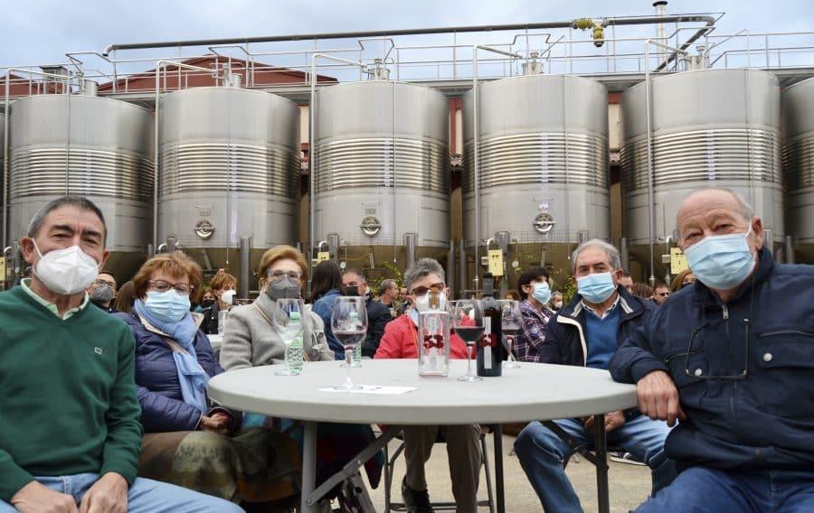 Bodega Arca de Noé presenta su nuevo vino en buena compañía 6