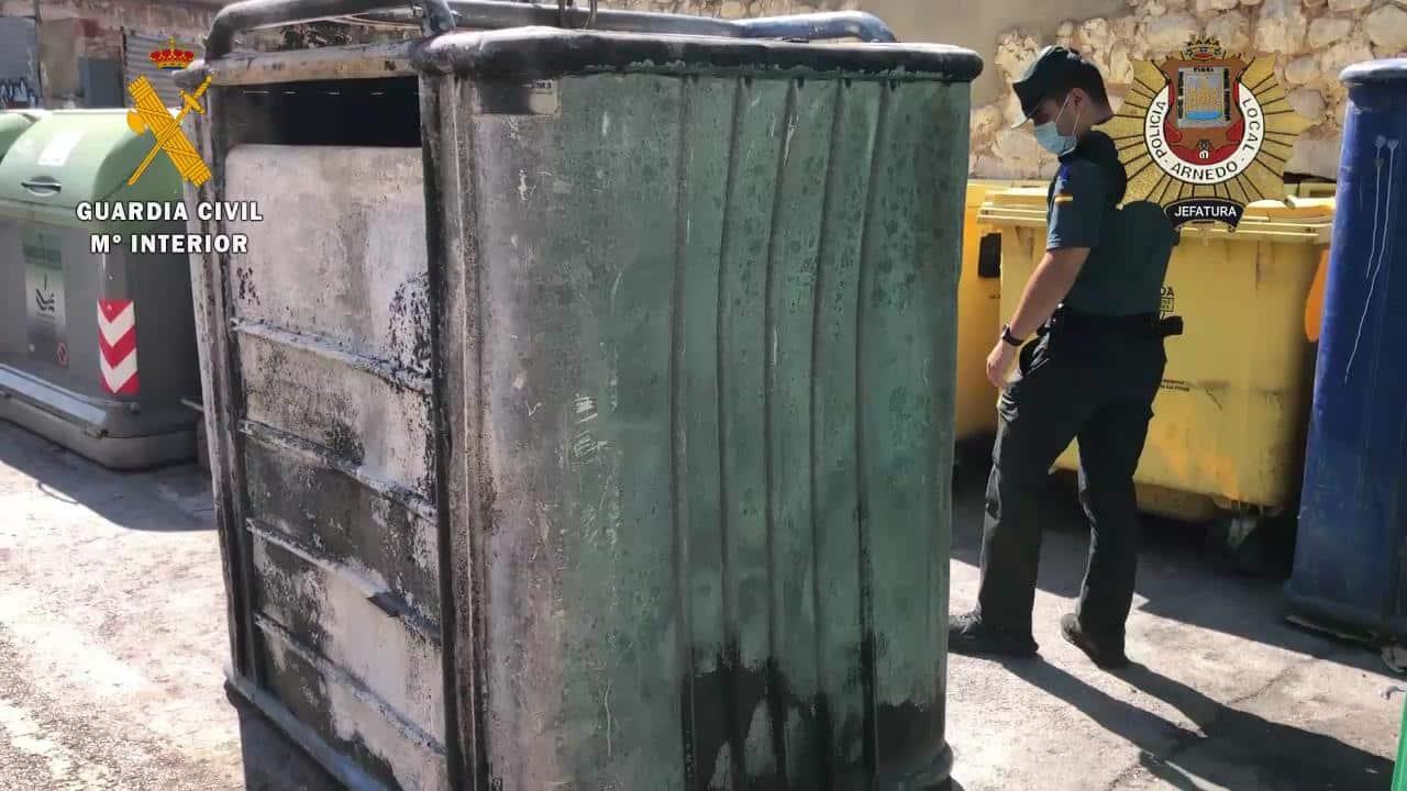 Investigados cuatro jóvenes por incendiar dos contenedores en Arnedo 1