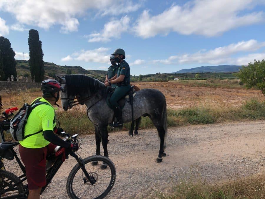 La Guardia Civil despliega en La Rioja su Unidad de Caballería y las Oficinas Móviles de Atención al Peregrino 4