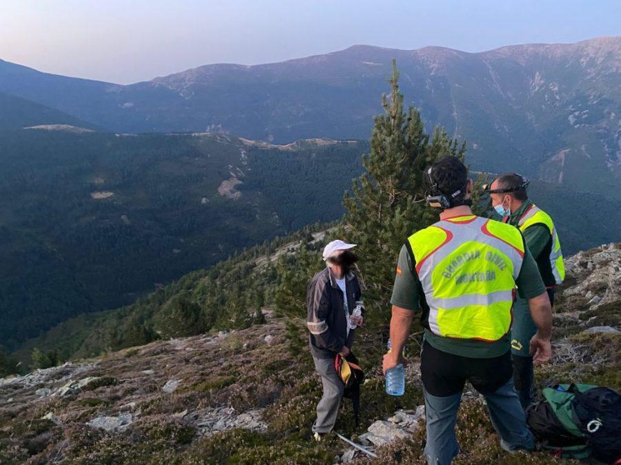 La Guardia Civil localiza a un fraile que se había perdido en el pico San Lorenzo 3