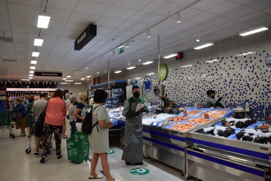 Mercadona inaugura en Haro su nuevo supermercado 'eficiente': 6 millones de euros de inversión 3