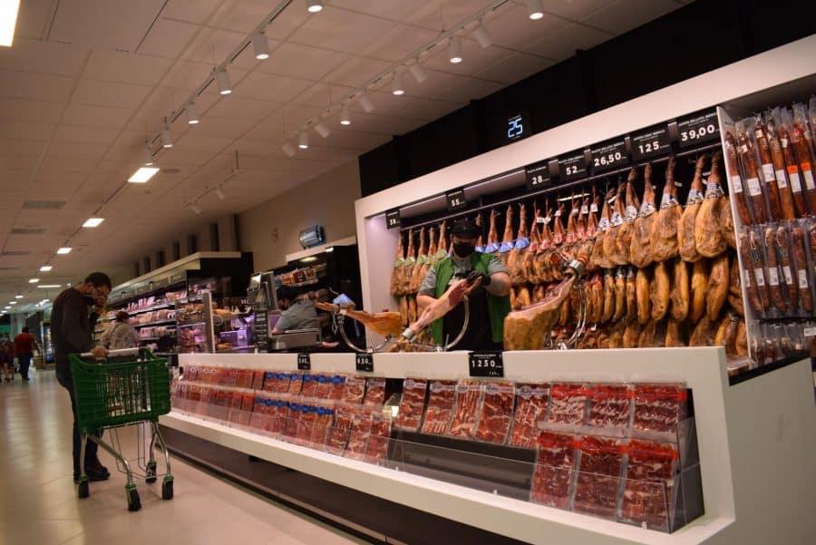 Mercadona inaugura en Haro su nuevo supermercado 'eficiente': 6 millones de euros de inversión 4