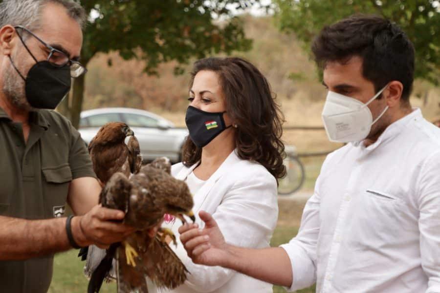 La Rioja realiza la suelta colectiva de 27 aves del programa 'Ayúdale a volar' 4