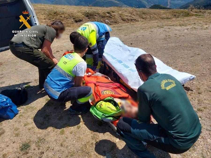Una mariposa provoca la caída de un ciclista en una pista forestal de Valgañón 2