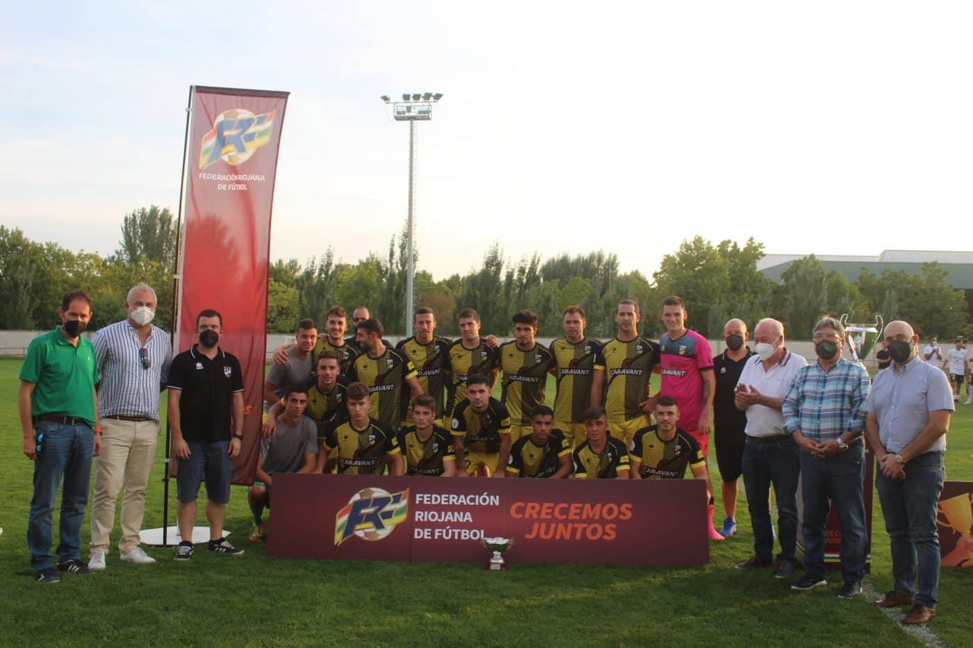 El Alfaro alza el trofeo regional de la Copa RFEF ante el Casalarreina 4