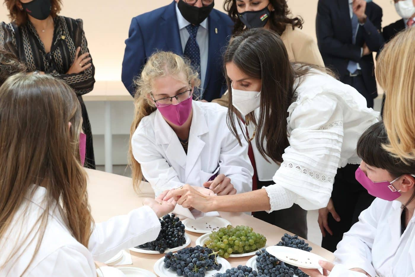 La reina Letizia preside en Haro la apertura del curso de FP 15
