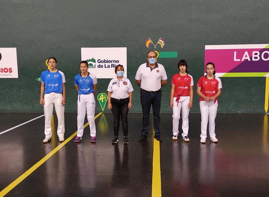 Ana Belmonte y Leire Galeano, campeonas de pelota 'goxua' del Torneo San Mateo de pelota femenina 6
