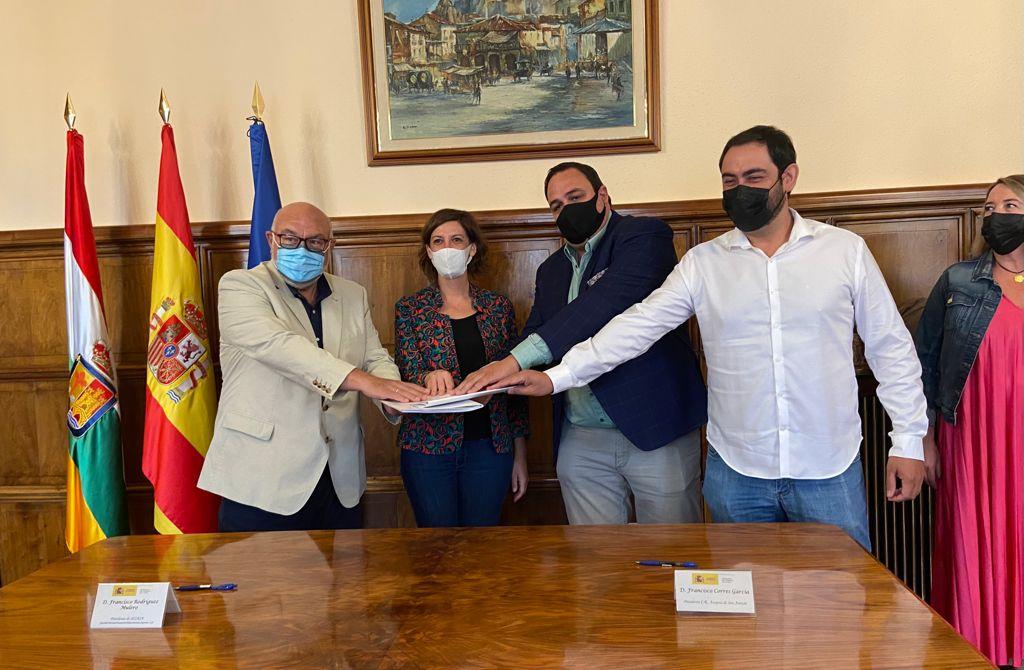 Firmado el convenio para la modernización del regadío de San Asensio 1