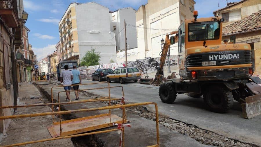 """Rivado pide """"paciencia"""" y """"disculpas"""" a los comerciantes por las molestias ocasionadas por las obras en La Ventilla 6"""