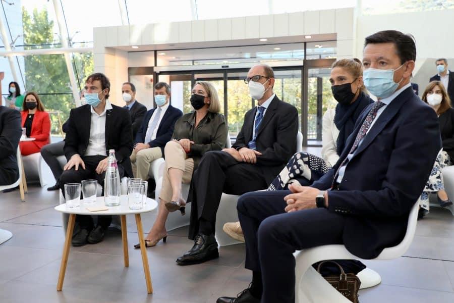 """Andreu apela junto a Calviño a la """"cooperación"""" de las empresas para """"construir juntos La Rioja del futuro"""" 3"""