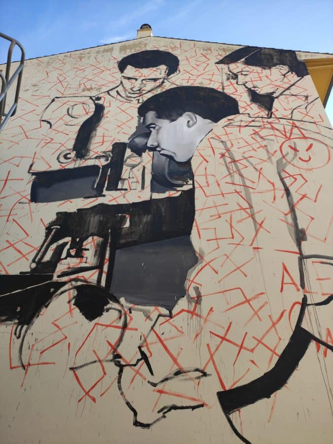 Los murales del festival 'Abocajarro' van tomando forma en Haro 1