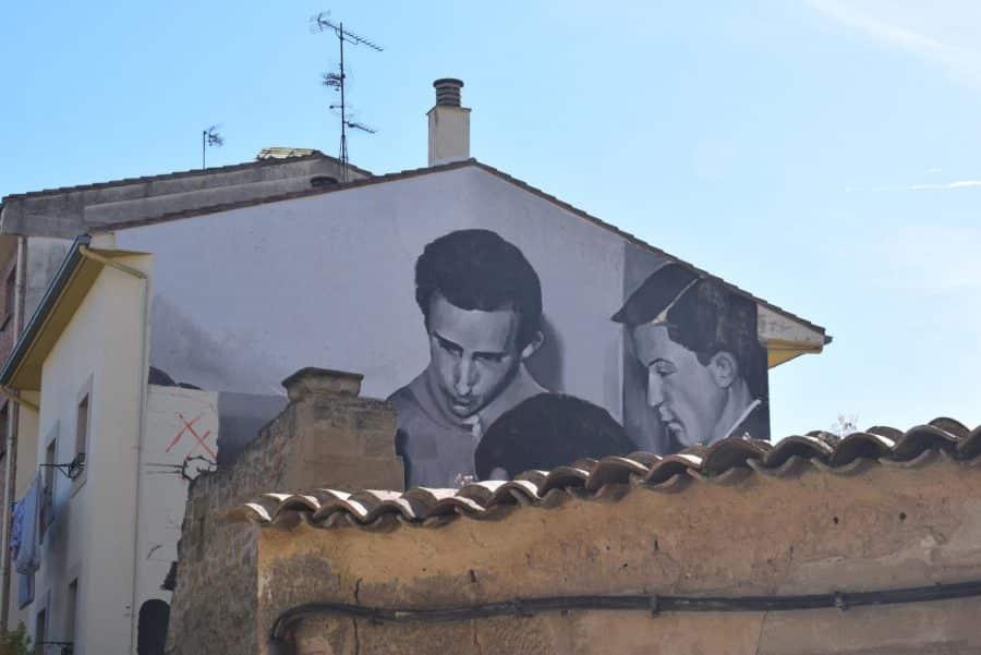 """""""Los vecinos están encantados con el trabajo de los muralistas en el Casco Antiguo"""" 7"""
