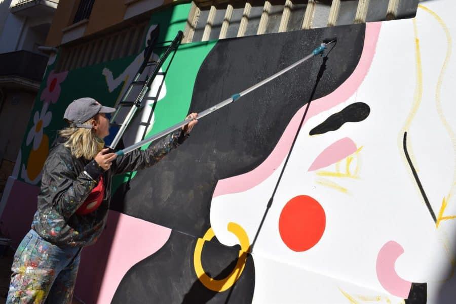 """""""Los vecinos están encantados con el trabajo de los muralistas en el Casco Antiguo"""" 6"""
