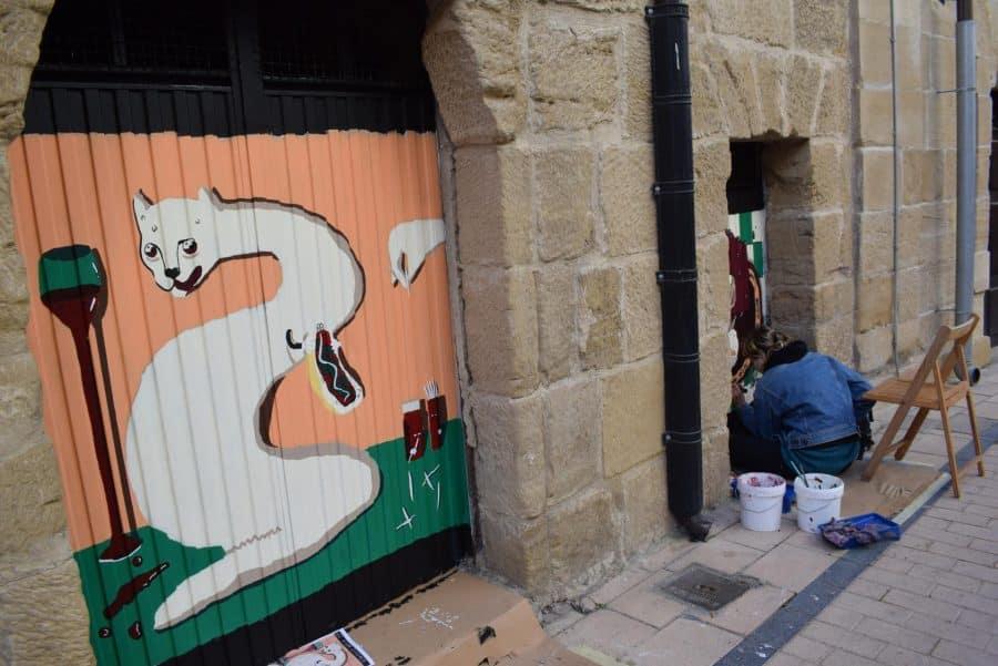 """""""Los vecinos están encantados con el trabajo de los muralistas en el Casco Antiguo"""" 3"""