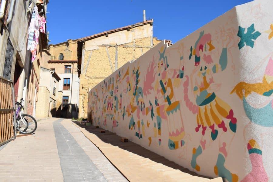 """""""Los vecinos están encantados con el trabajo de los muralistas en el Casco Antiguo"""" 14"""