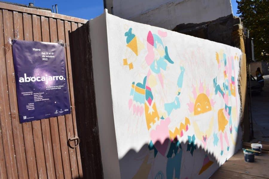 """""""Los vecinos están encantados con el trabajo de los muralistas en el Casco Antiguo"""" 11"""