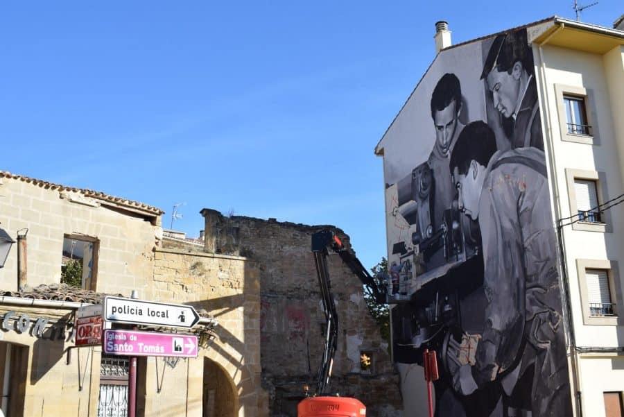 """""""Los vecinos están encantados con el trabajo de los muralistas en el Casco Antiguo"""" 17"""