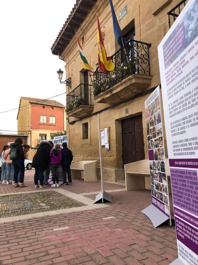 Rodezno exhibe la infografía 'Ayer y hoy con nombre de mujer' 1